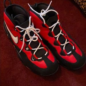 Nike Air Max Uptempo Sneakers!!